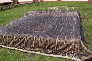 Coverlets  Model Astrakhan brown-black - Wymiary: 200x230